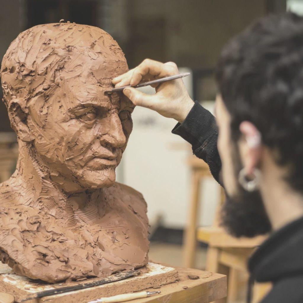 Curso de escultura